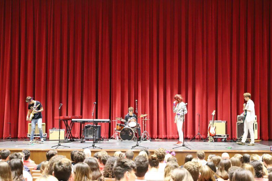 Seniors take the stage